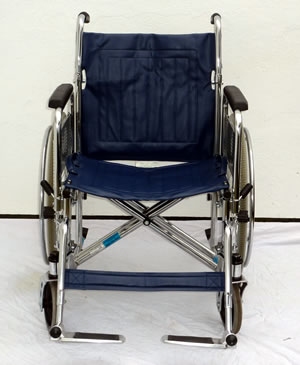 Wide seat wheelchair for rent in London and Heathrow airport